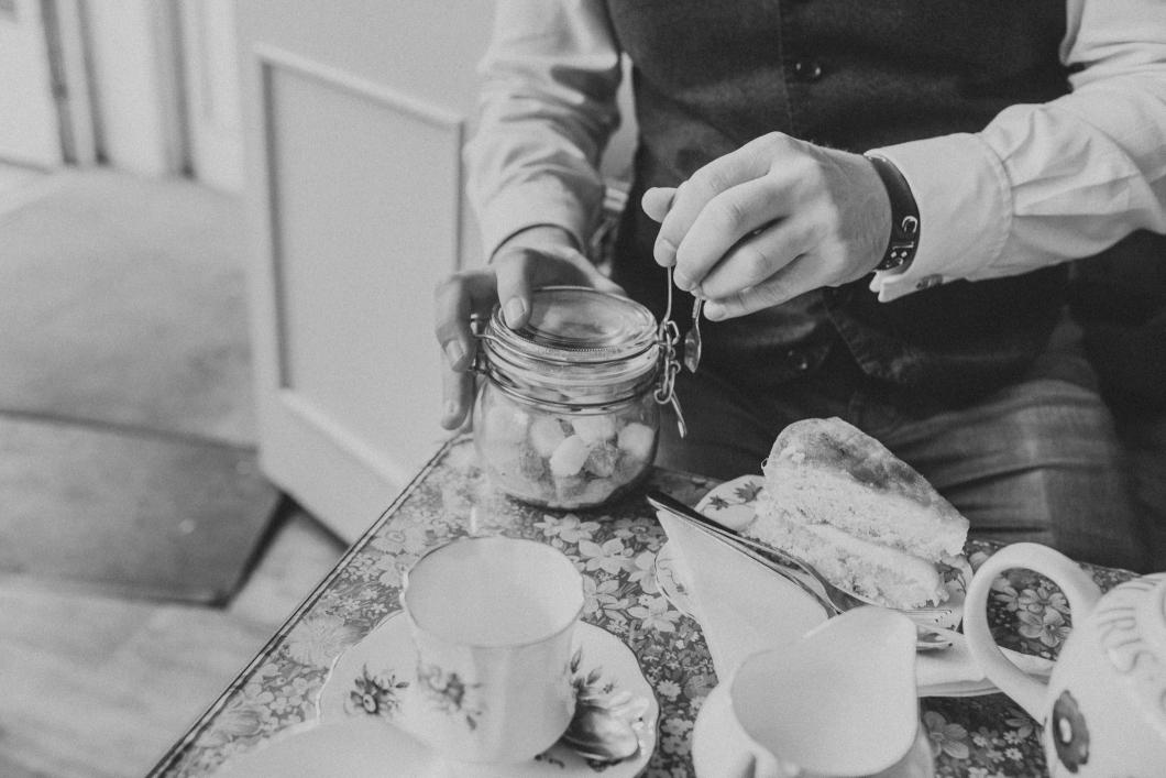 matlock bath tea room engagement shoot