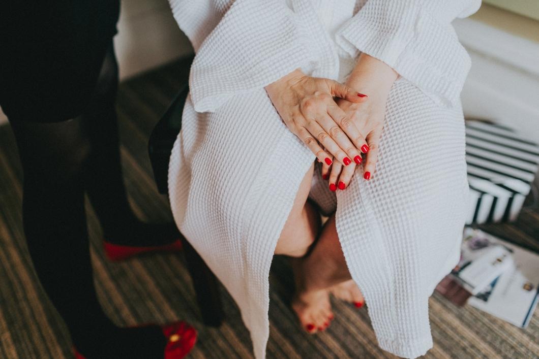 becky-ryan-photography-alternative-wedding-photography_8102