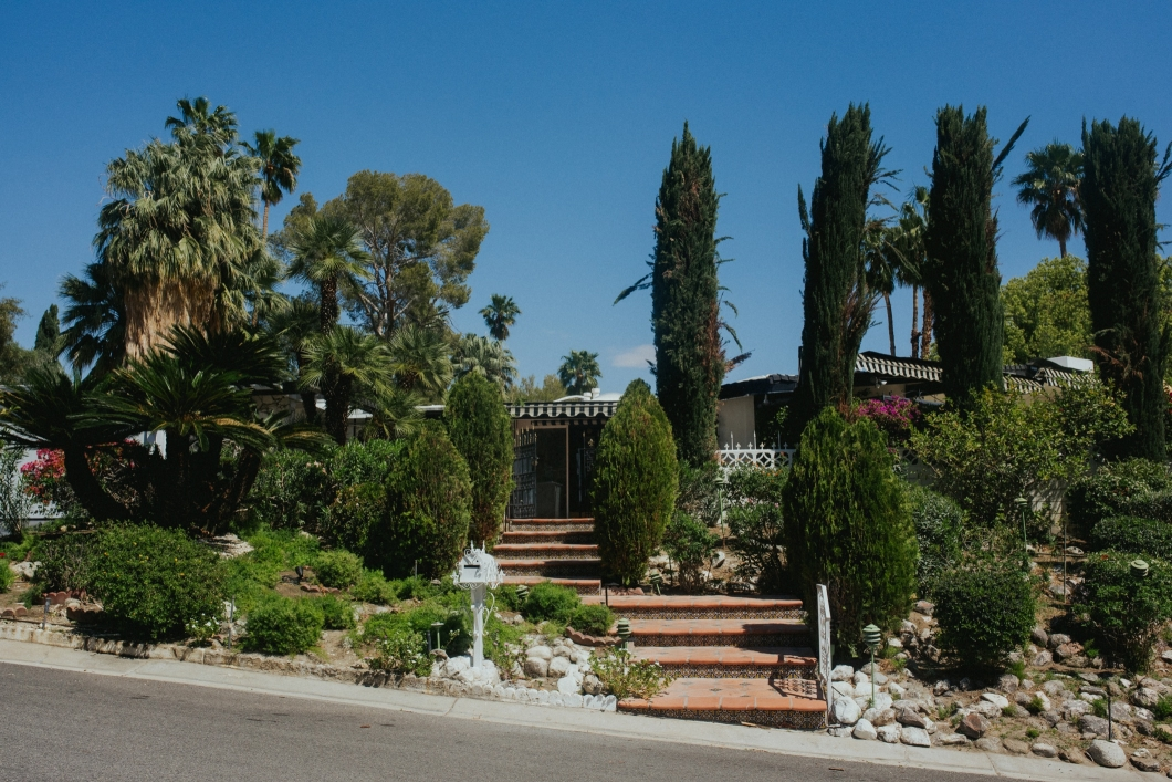 becky ryan photography - palm springs marilyn monroe home
