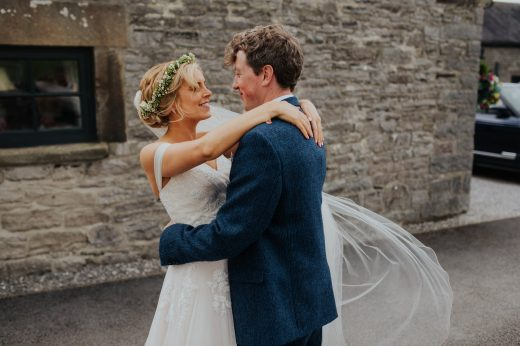 becky ryan photography - lower damgate farm wedding photography